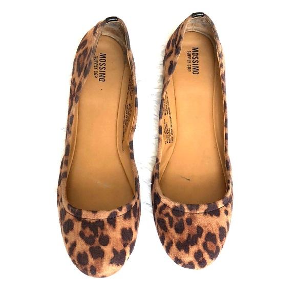 Target Mossimo Leopard Flats   Poshmark